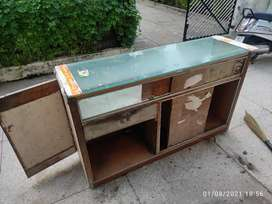 Shop counter, Table, display Outlet