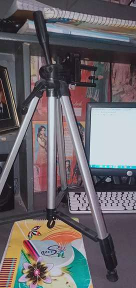 Mobile stand New for sale only limted time offer for sahiwal