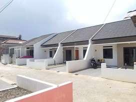 Rumah di arcamanik cluster akses jalan utama