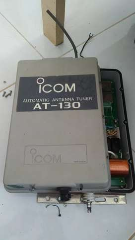 Icom automatic antenna tuner AT 130