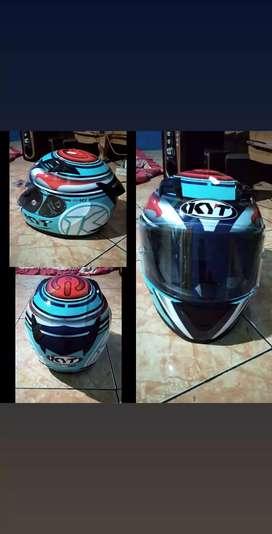 Dijual helm KYT ORI ukuran M
