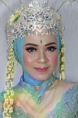 Makeup wisuda, Lamaran, make up wedding, akad nikah , sewa kebaya