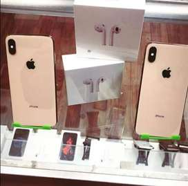 Attractive Looking Apple iPhone in all Colour Available