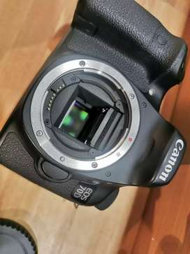 Canon 70D camera 2 Lens 2 Battery complete Box For Sale