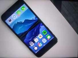 iPhone 7 plus new phone good condition