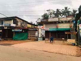 Sale opp to madanthyar bus stop building within 18 cents land