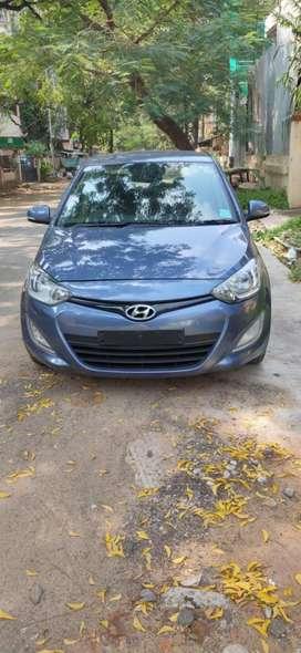 Hyundai I20 Sportz (Automatic), 1.4, 2014, Petrol