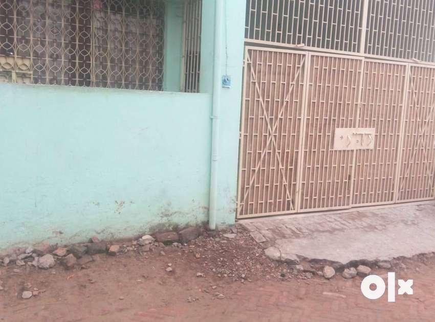 1 room available with asbestos roof for rent in jagdamba nagar bairiya 0