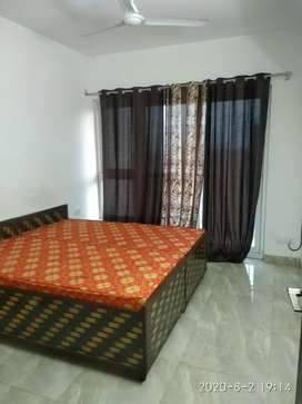 1 ,2 rooms sets fully furnished independent