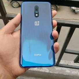 Stock of 7 models oneplus available with warranty bill and box