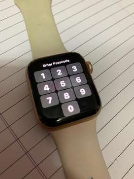 Iwatch series 4 40 mm gold