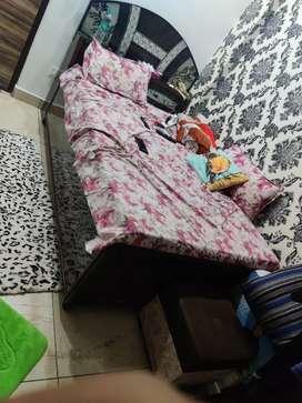 6X4 deewan bed with mattress