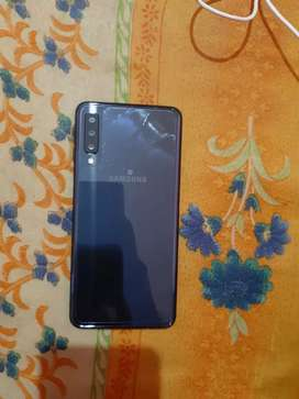 Samsung galaxy A7 2019 newly condition