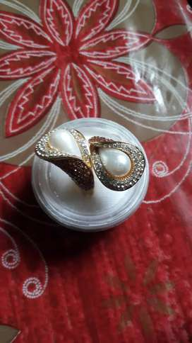 Imported ladies watch ear ring and ring