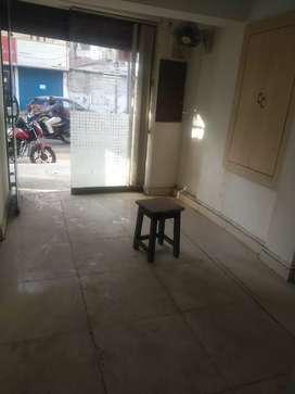 RENT RS 25000 FOR 300SQFT SHOP IN BYCRAFTS ROAD,EXPRESS AVENUE OPPROAD