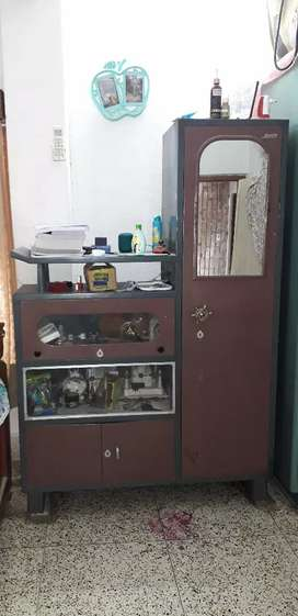 Wardrobes with dacintable