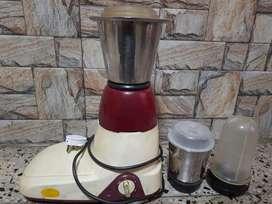 Maggi Mixer Grinder (500 watts)