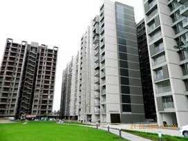 2bhk semi furnished flat available on rent at Apollo db city plz call
