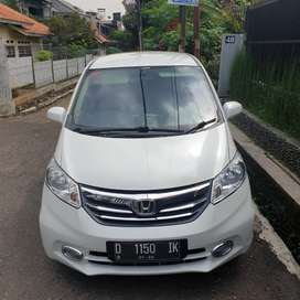 Honda Freed 2013 Mulus Pemakai Pribadi