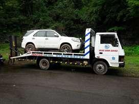 TATA 709 recovery van