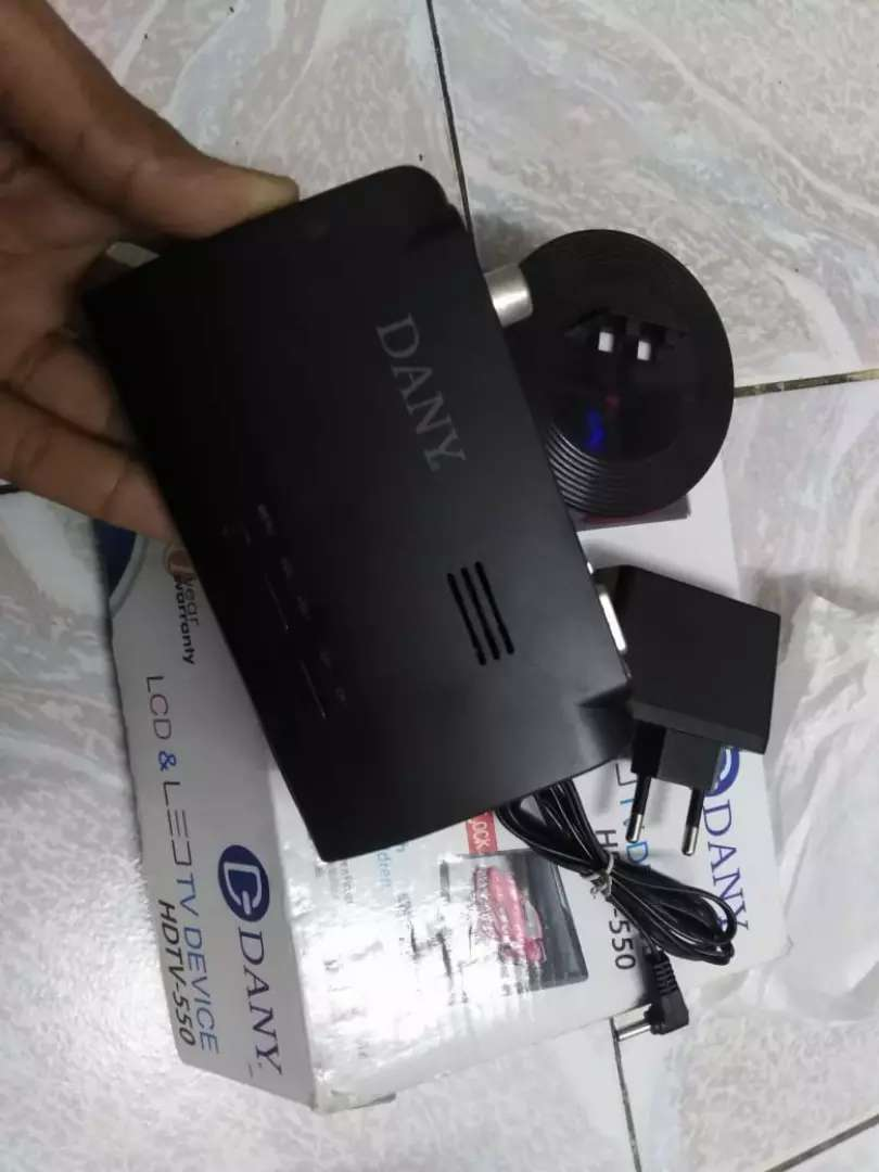 Danny Tv And Led Device in Excellent condition 0