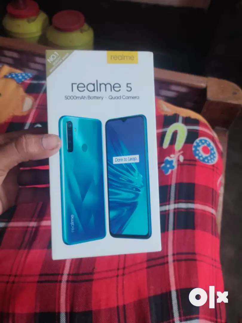 Realme 5 3g 32gb 9 month old no any scratch 0