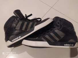 ADIDAS HARDCOURT HI Shoes