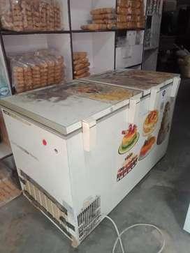 Voltas deep fridge best condition best bestcompressor model HF 400 PHP