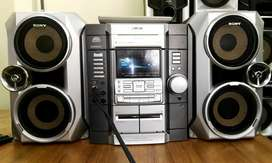 Very Good Condition Sony 2.1 Home Theatre At Very Low Price..No Faults
