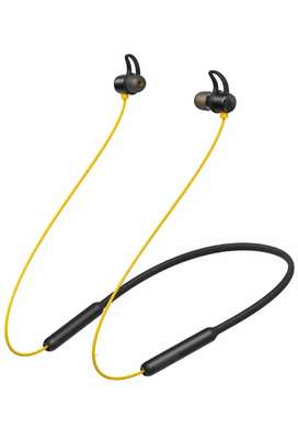 realme buds wireless Bluetooth headset (yellow color)