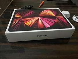 "iPad pro M1 chip 11"" inch 256 gb Wifi 2021  space gray"