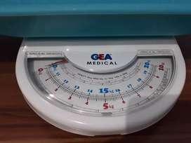 Timbangan Bayi manual Gea 20 kg