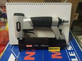 Makita AF201Z gun staples / pneumatic nailer model I