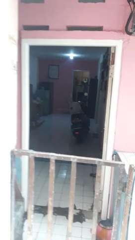 Rumah permanen 2Lt, Lt full kamar Kost khusus permpuan