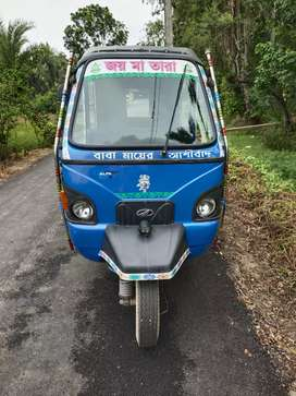 1 year old mahindra alfa mini toto in good condition