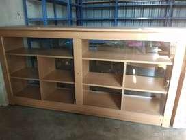 Shop show case tables