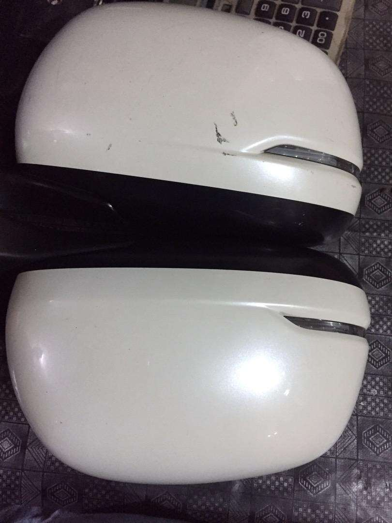 Honda wagan R side mirrors 0