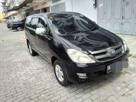 Toyota inova bensin type E plus