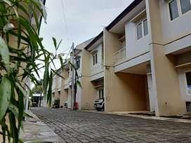 Rumah baru dijual surabaya kutisari rungkut