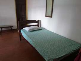 Paying guest facility for working ladies only, near YMCA Cross Rd