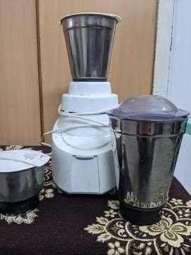 Philips grinder with 3 jars.