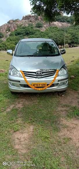 Toyota Innova 2.5 G version tax plate Kota