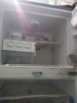 White Top-mount Refrigerator