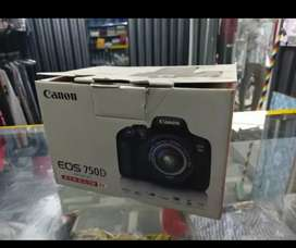 Canon eos 750d with 18-55mm lens full box