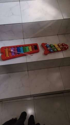 Excellent condition kids foreign musical instrument