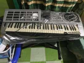 Keyboard techno t9800i