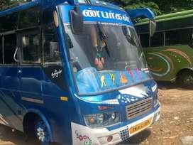 Coach tourist van 407