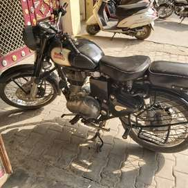 Royal Enfield 350 black excellent condition 2017 model for sell