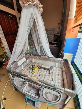 Preloved Baby Box RightStart