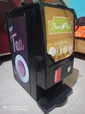 Ice cream machine aur coffee machine gd condition